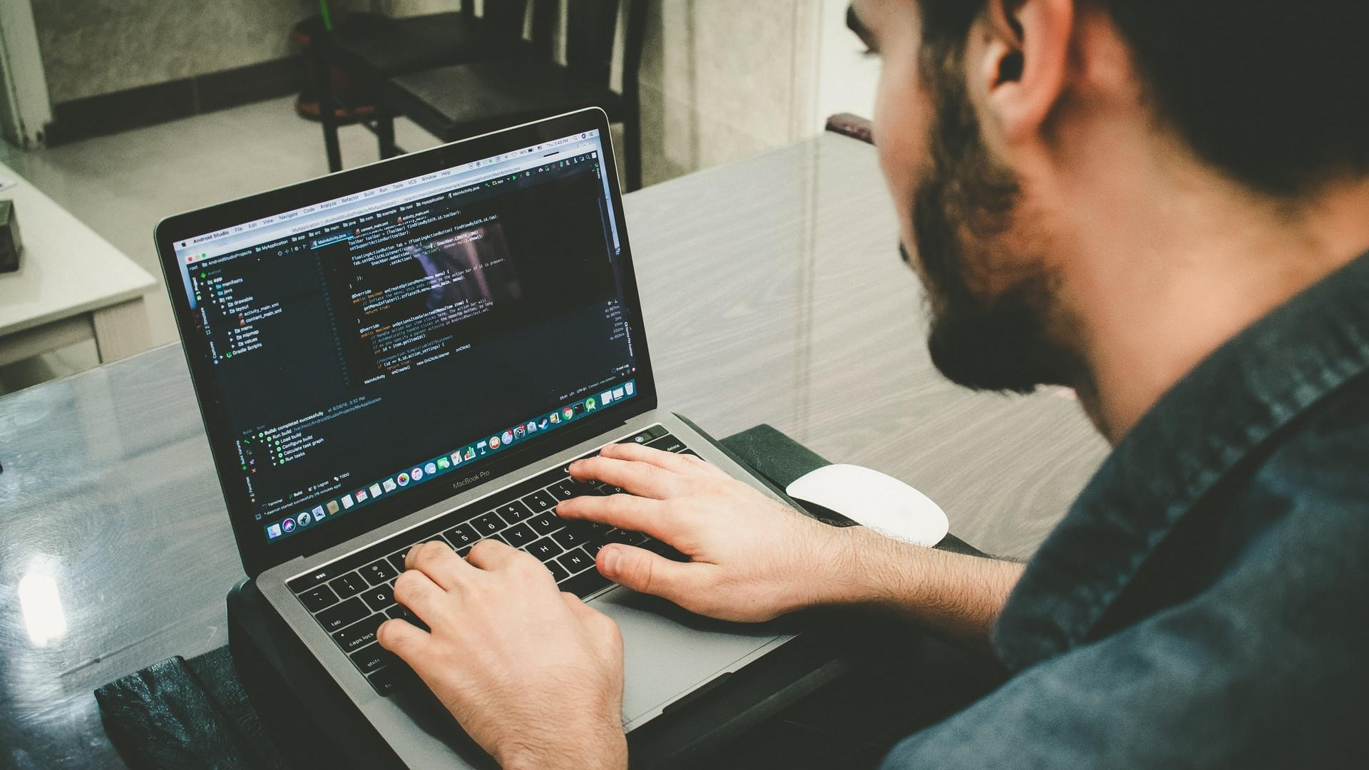 3 Ways That Software Can Save Your Business
